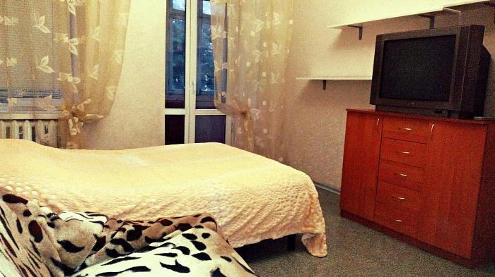 1-комнатная квартира посуточно в Одессе. Приморский район, ул. Преображенская, 82. Фото 1