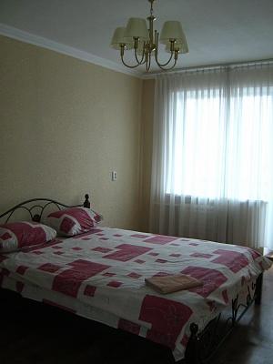 1-комнатная квартира посуточно в Никополе. ул. Усова, 20. Фото 1