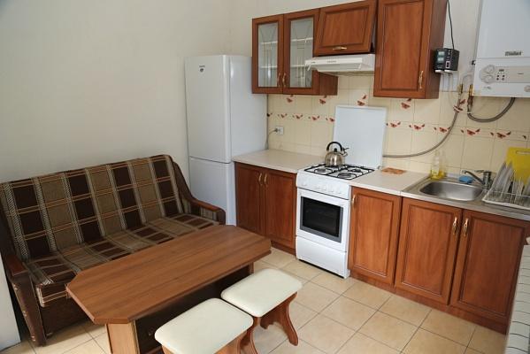 1-комнатная квартира посуточно в Львове. Галицкий район, ул. Лисенко, 4. Фото 1