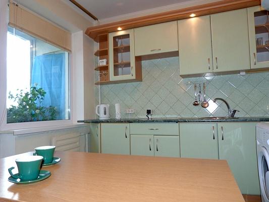 1-комнатная квартира посуточно в Киеве. Голосеевский район, ул. Демеевская, 45. Фото 1