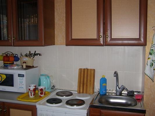 2-комнатная квартира посуточно в Южноукраинске. наб. Энергетиков, 43. Фото 1