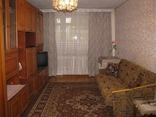2-комнатная квартира посуточно в Севастополе. Ленинский район, пр-т Ген. Острякова, 68. Фото 1