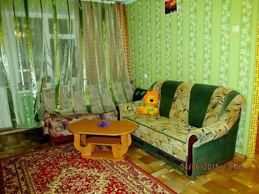 1-комнатная квартира посуточно в Сумах. Заречный район, ул. Кирова, 4. Фото 1