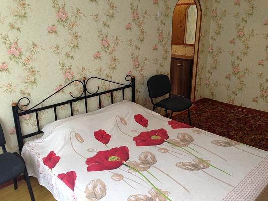 1-комнатная квартира посуточно в Донецке. Киевский район, пр-т Киевский, 18. Фото 1