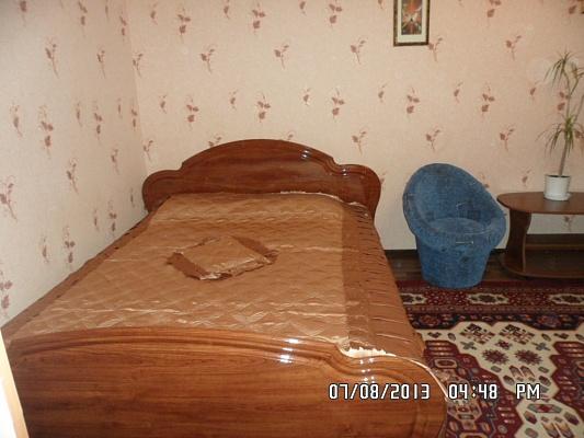 1-комнатная квартира посуточно в Мелитополе. ул. Вакуленчука, 78. Фото 1
