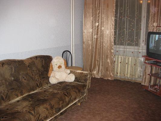 2-комнатная квартира посуточно в Сумах. Заречный район, ул. Черепина, 72. Фото 1