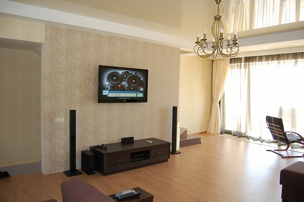 Дом  посуточно в Одессе. Черноморская дорога 2а, 6. Фото 1