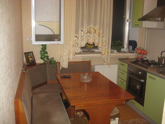 1-комнатная квартира посуточно в Бердянске. ул. Первомайская, 2. Фото 1
