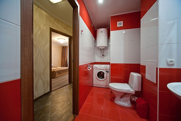 1-комнатная квартира посуточно в Запорожье. Орджоникидзевский район, б-р Гвардейский, 149. Фото 1