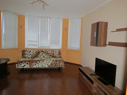 2-комнатная квартира посуточно в Луцке. ул. Гончара, 3. Фото 1