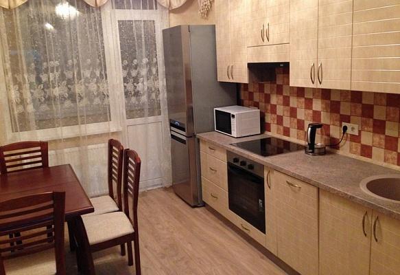1-комнатная квартира посуточно в Донецке. Ворошиловский район, пр-т Маяковского, 20А. Фото 1