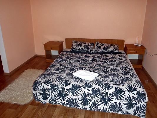 2-комнатная квартира посуточно в Черкассах. ул. Смелянская, 77. Фото 1