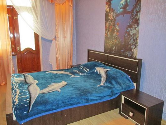 3-комнатная квартира посуточно в Бердянске. ул. Горького, 39/3. Фото 1