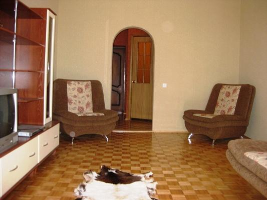 2-комнатная квартира посуточно в Виннице. Старогородский район, ул. Козицкого, 34. Фото 1