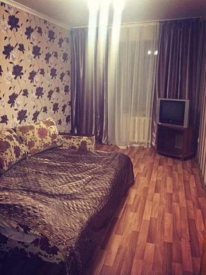 2-комнатная квартира посуточно в Сумах. Заречный район, ул. Заливная, 9. Фото 1