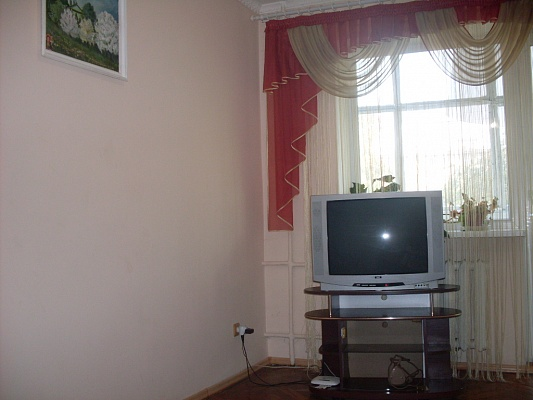 1-комнатная квартира посуточно в Луцке. пр-т Победы, 7. Фото 1