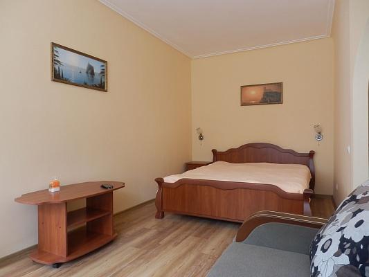 2-комнатная квартира посуточно в Керчи. ул. Курортная, 3. Фото 1