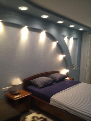 1-комнатная квартира посуточно в Мариуполе. ул. Хмельницкого, 35. Фото 1