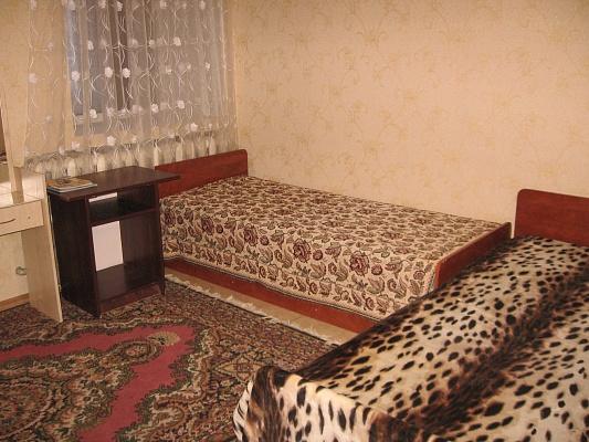 1-комнатная квартира посуточно в Умани. ул. Советская, 6. Фото 1