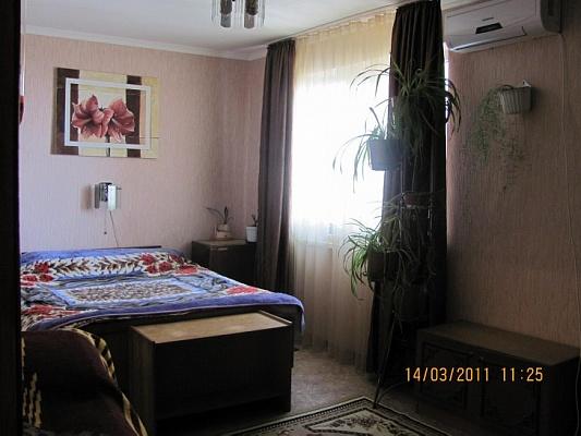 2-комнатная квартира посуточно в Партените. ул. Нагорная, 13. Фото 1