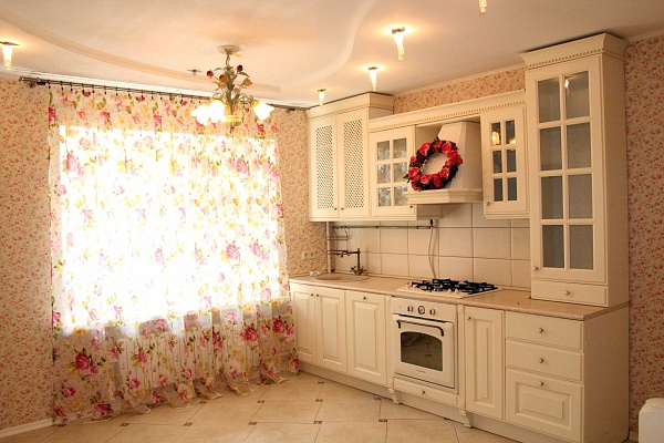 Дом  посуточно в Одессе. Киевский район, ул. Академика Вильямса, 18. Фото 1