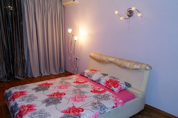 1-комнатная квартира посуточно в Одессе. Приморский район, Фонтанская дорога, 49/1. Фото 1