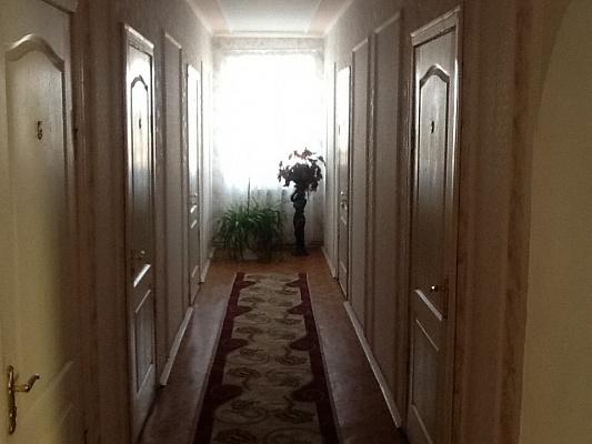 Мини-отель  посуточно в Трускавце. ул. Заречная, 2. Фото 1