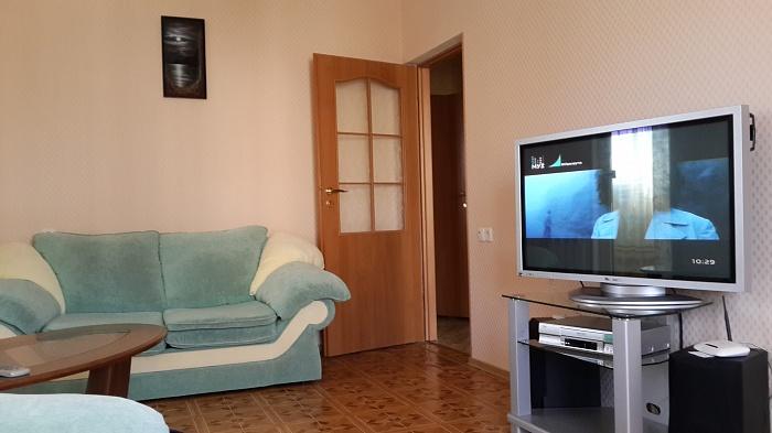 2-комнатная квартира посуточно в Партените. ул. Фрунзенское шоссе, 18. Фото 1