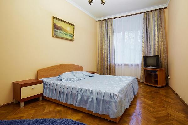 1-комнатная квартира посуточно в Львове. Галицкий район, ул. Коцюбинского, 15. Фото 1