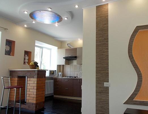 1-комнатная квартира посуточно в Полтаве. Октябрьский район, майдан Соборний, 16. Фото 1