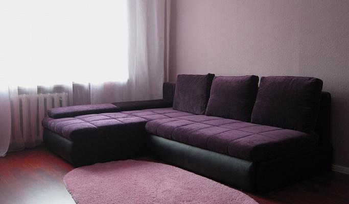 2-комнатная квартира посуточно в Киеве. Соломенский район, ул. Урицкого, 37. Фото 1