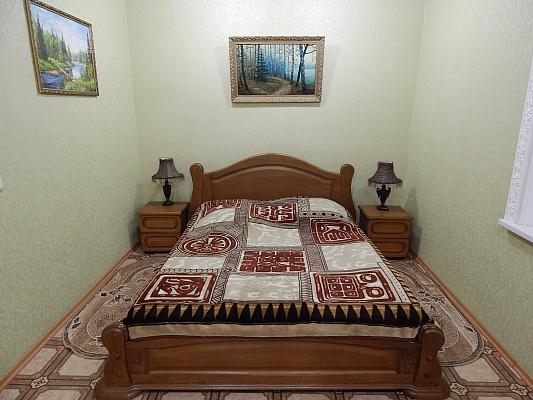 1-комнатная квартира посуточно в Феодосии. ул. Черноморская, 42б. Фото 1