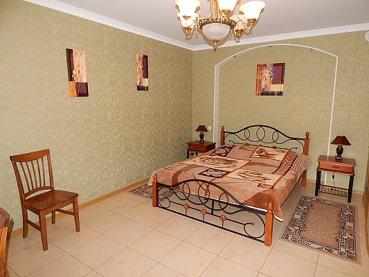 Мини-отель  посуточно в Феодосии. ул. Черноморская, 36а. Фото 1