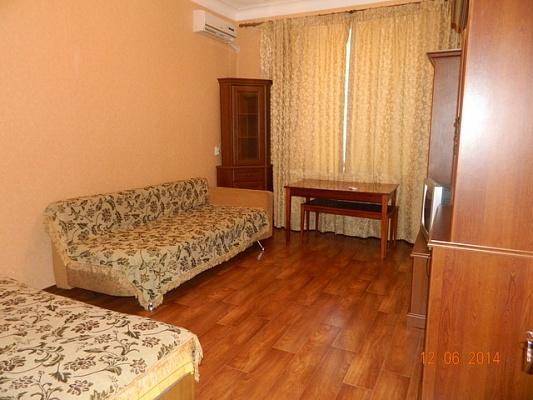 1-комнатная квартира посуточно в Бердянске. пр-т Труда, 43. Фото 1