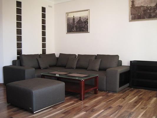 2-комнатная квартира посуточно в Львове. Галицкий район, ул. Театральная, 8. Фото 1