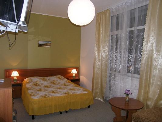 Мини-отель  посуточно в Феодосии. ул. Федько 1-Б/3. Фото 1