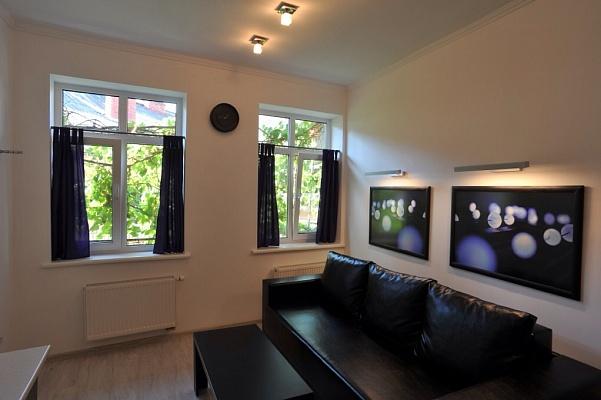 2-комнатная квартира посуточно в Львове. Галицкий район, ул. Наливайка, 14. Фото 1