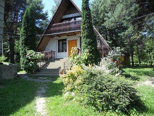 Дом  посуточно в Мукачево. ул. Северная, 129. Фото 1