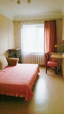 1-комнатная квартира посуточно в Харькове. Дзержинский район, ул. Отакара Яроша, 17. Фото 1