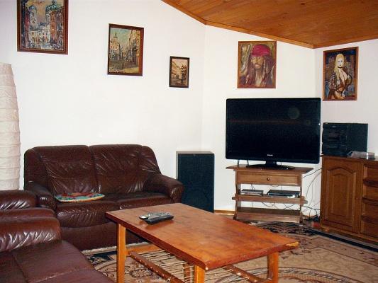 3-комнатная квартира посуточно в Львове. Галицкий район, ул. Архипенко, 14. Фото 1