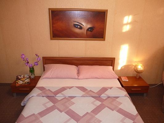 1-комнатная квартира посуточно в Черкассах. ул. Героев Днепра, 71. Фото 1
