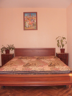 2-комнатная квартира посуточно в Киеве. Святошинский район, пр.Леся Курбаса, 4. Фото 1