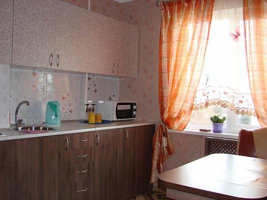 1-комнатная квартира посуточно в Симферополе. Киевский район, пр-т Победы, 24. Фото 1
