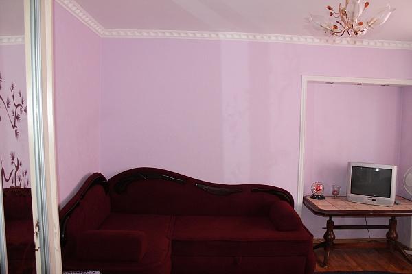 1-комнатная квартира посуточно в Тернополе. ул. Карпенко, 24. Фото 1