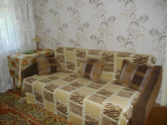 2-комнатная квартира посуточно в Харькове. Коминтерновский район, ул. Танкопия, 16. Фото 1