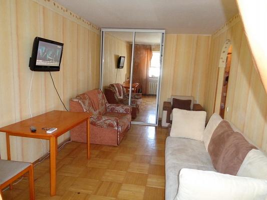 1-комнатная квартира посуточно в Одессе. Приморский район, пер. Светлый, 2. Фото 1