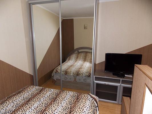 1-комнатная квартира посуточно в Виннице. Ленинский район, ул. Литвиненко-Вольгемут, 54. Фото 1