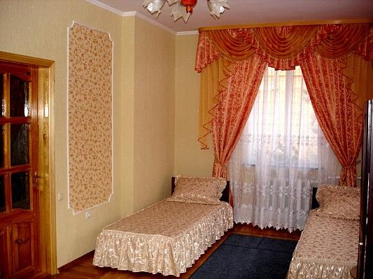 2-комнатная квартира посуточно в Виннице. Замостянский район, ул. Красноармейская, 40. Фото 1