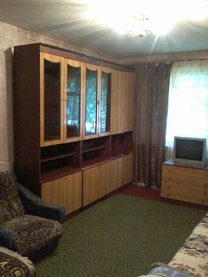 1-комнатная квартира посуточно в Кременчуге. ул. 60 лет Октября, 140. Фото 1