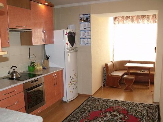 2-комнатная квартира посуточно в Одессе. Приморский район, ул. Пастера, 2/1. Фото 1